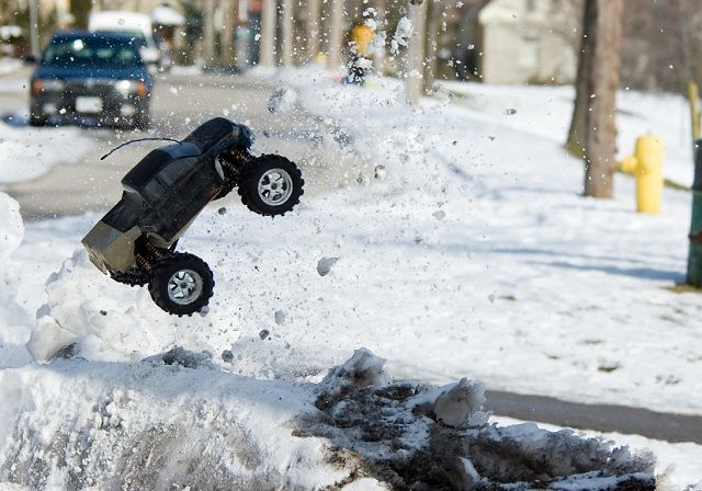 Playing with your RC truck, or Buggy in the Winter
