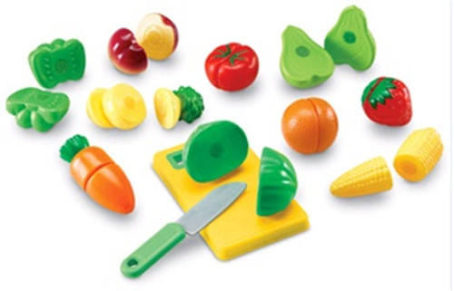 Pretend & Play Sliceable Fruits &