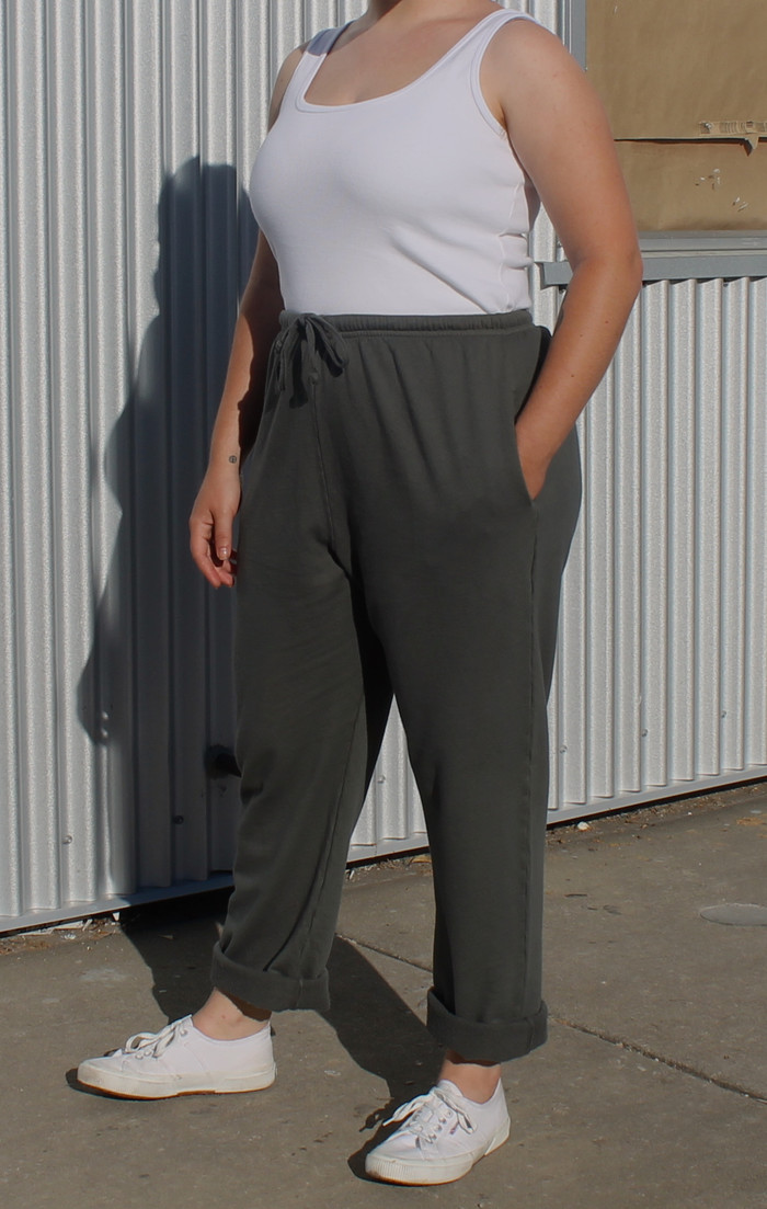 No-Cuff Sweatpants with Pockets