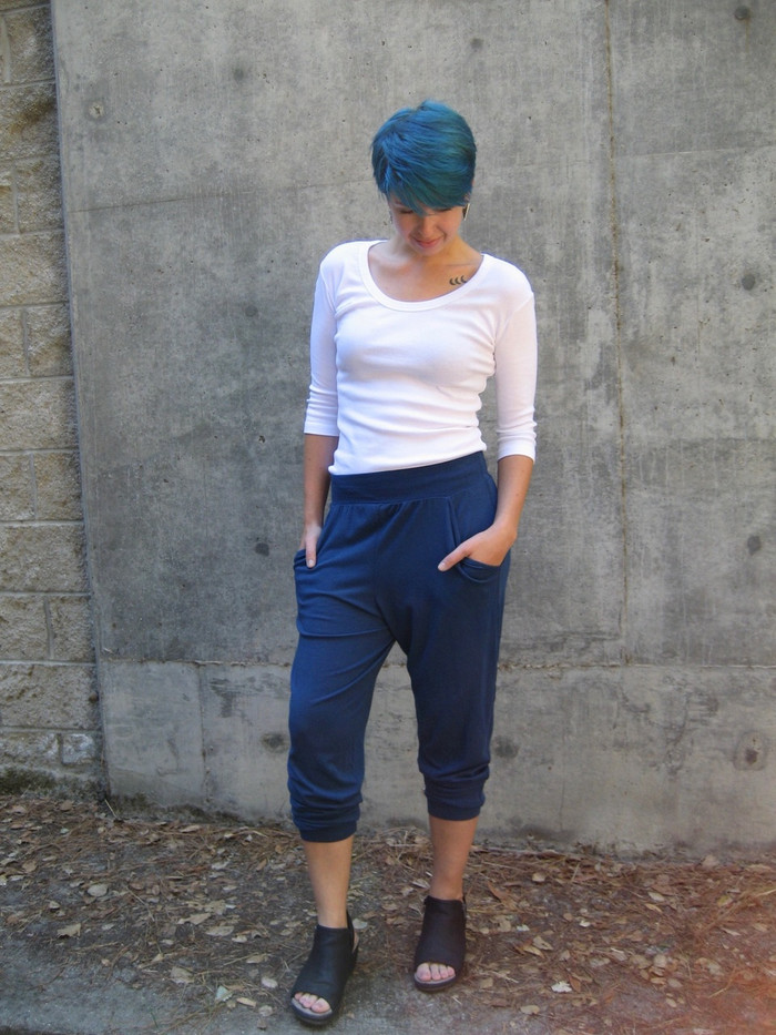 Rayon Jogger (Midnight) styled with cuffs on the calf and 3/4-sleeve Scoop Neck Top. Model wears a medium in both.