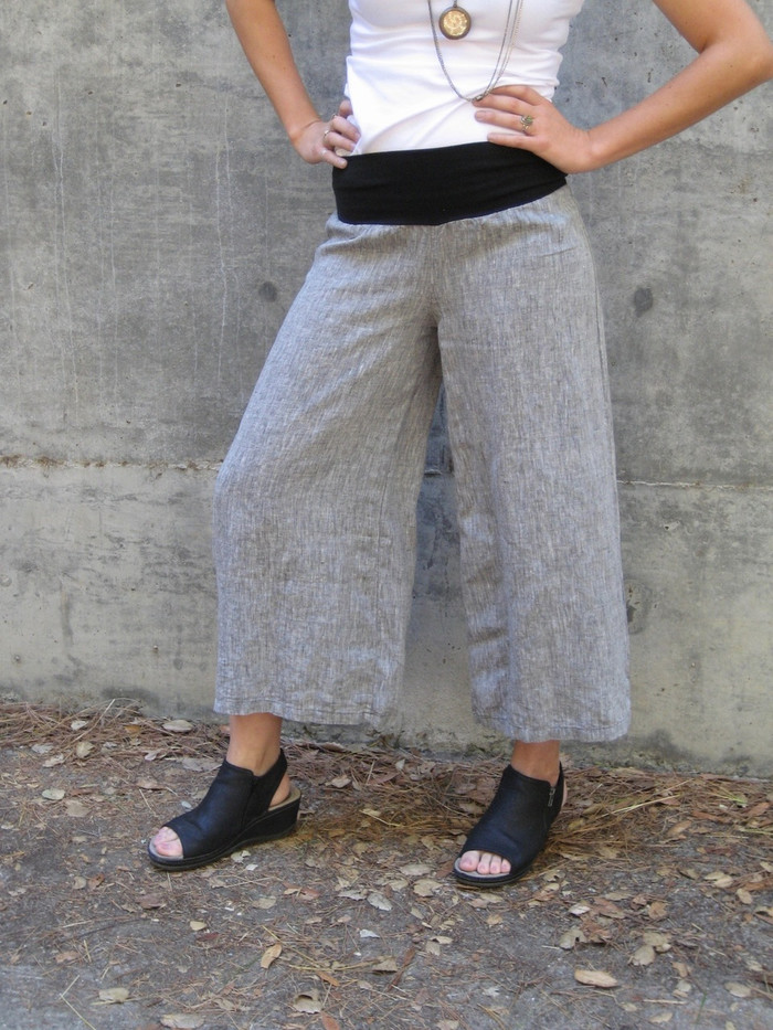 Rachel in medium Calypso Linen Pant - Dark Heather