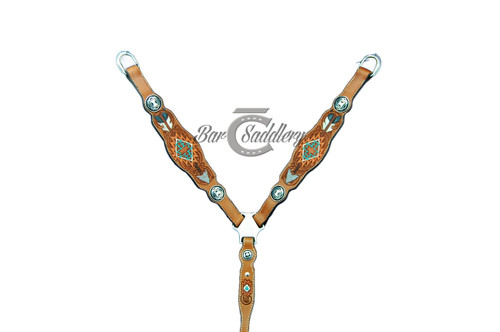 Martingale style breast collar barrel racing trail
