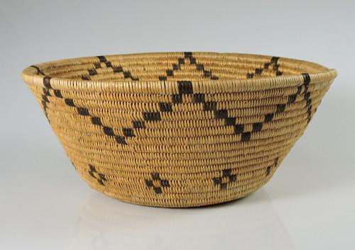 Antique Paiute or Panamint Indian Basket