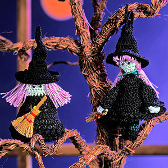 ePattern Winsome Witches