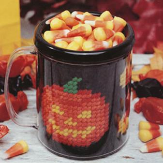 ePattern Pumpkin Patch Mug in Plastic Canvas