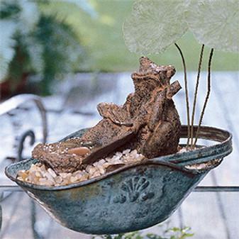 ePattern Frog Heaven Fountain