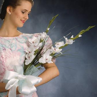 ePattern Satin Sophisticate Wedding: Bridesmaid's Bouquet