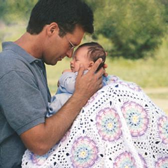 ePattern Hugs & Kisses Baby Afghan