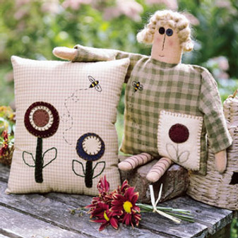 ePattern Primitive Pillow and Doll