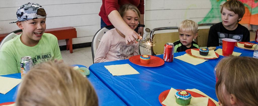 eating cupcakes winnipeg birthday party