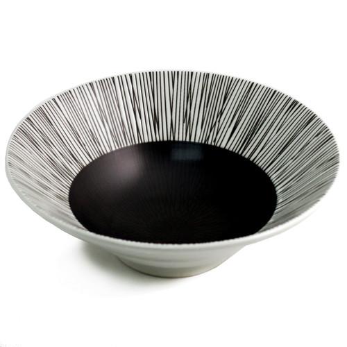 """Large Black & White Bowl 45 fl oz / 9.45"""" dia"""