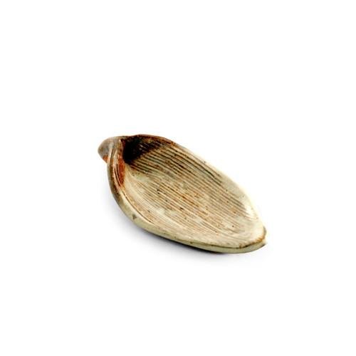 """Handmade Leaf Shaped Small Plate 5"""" x 2.25"""""""