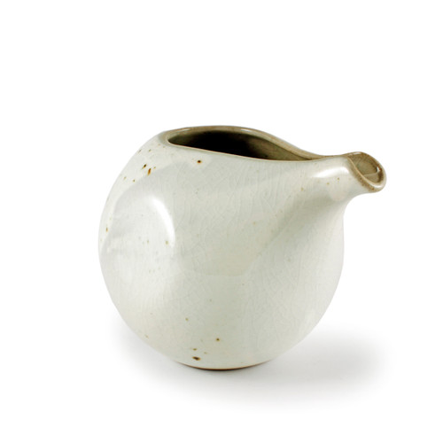Cracked Glaze Lipped Ceramic Sake Server 14 fl oz