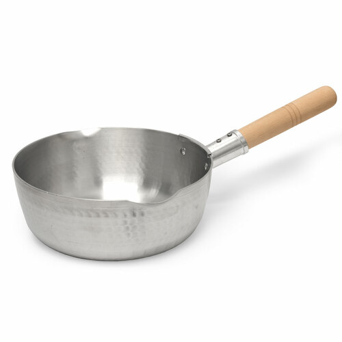"Yukihira Aluminum Pot with Handle 8.25"" dia / 2.4-Qt."