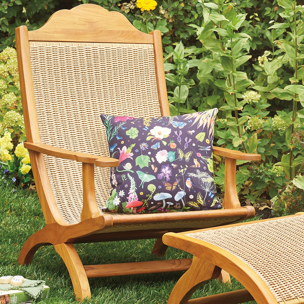 Monticello Flora & Fauna Outdoor Pillow