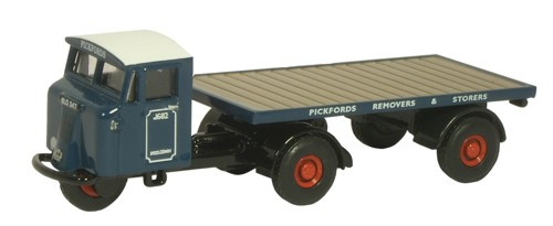 Oxford Diecast OO Mechanical Horse Flatbed Trailer Pickfords 1/76