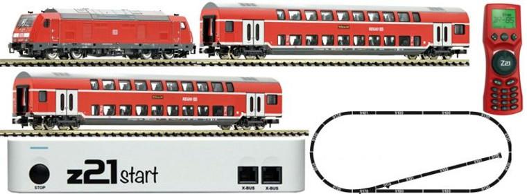 Fleischmann N Gauge DBAG BR245 Diesel Passenger Starter Set VI (DCC-Fitted) 931897