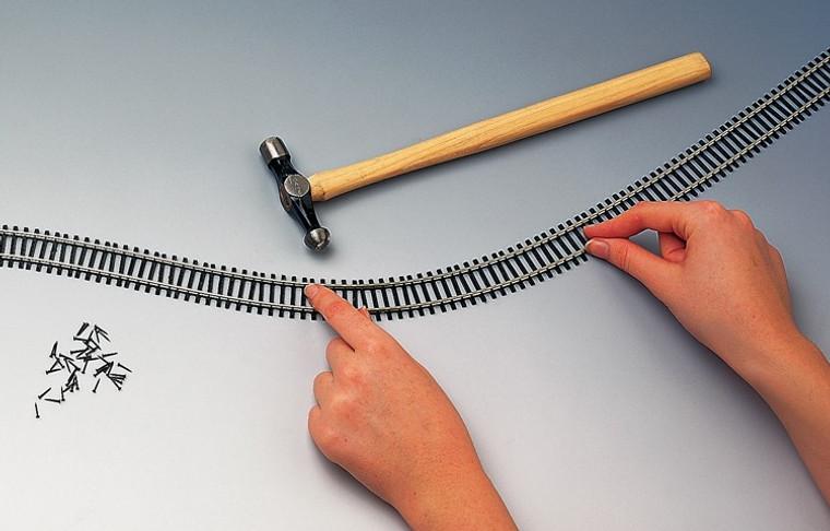 Hornby OO Gauge Flexible Track (970mm) R621