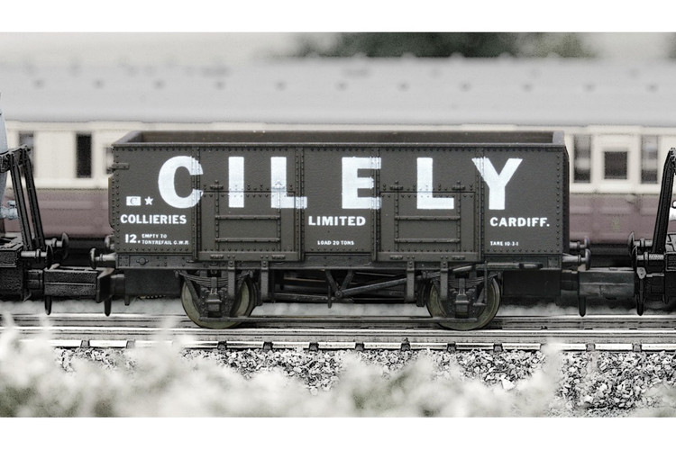Dapol 20t Steel Mineral Wagon Cilely Weathered N Gauge