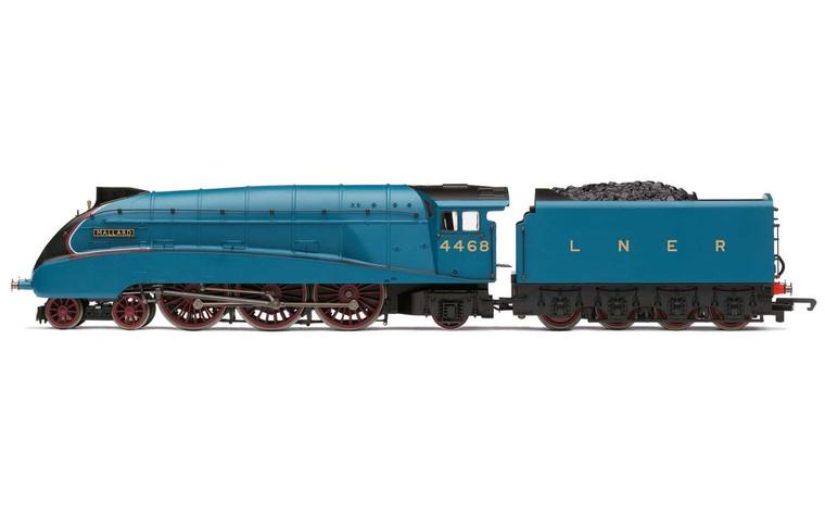 Hornby 00 Gauge RailRoad, LNER, A4 Class, 4-6-2, 4468 'Mallard' - Era 3 R3371