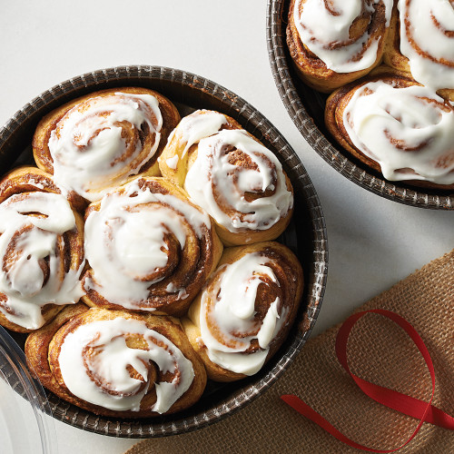 Product Photo 2 Vanilla Glazed Cinnamon Bun Mix and Bakeable Paper Large Round Pans and Lids Set