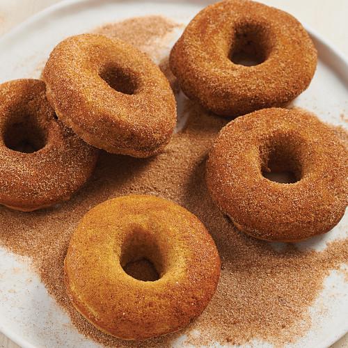 Product Photo 2 Apple Cinnamon Doughnut Mix