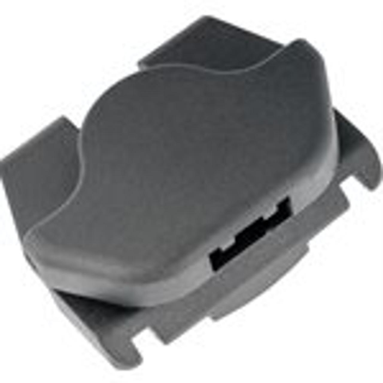 Description : Fender Liner Moulding Clip Material : Nylon Color : Black Width : 31MM Height : 11MM Nissan OEM# 01553-05233 25 Per Box