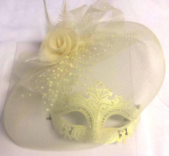 Women's White Fancy Mask Laser Cut Clear Rhinestones Mardi Gras Feathers Veil