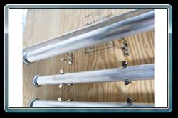 Installing a leg into a leg storage clip