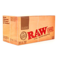 RAW Classic - Pre Rolled Cones - 1 1/4 Size | 32 pk of 6 Pre-Rolled Cones | Retail Display