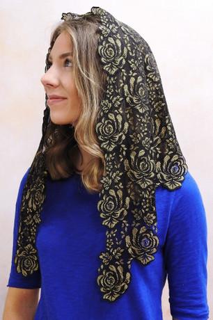 Veils by Lily - Mantilla Style Chapel Veils