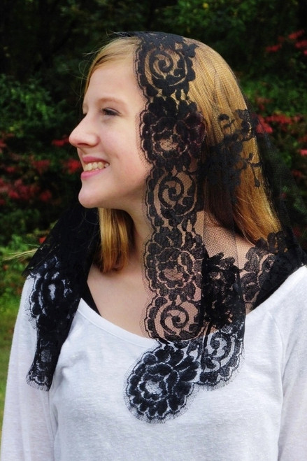 French Bouquet Mantilla in Black