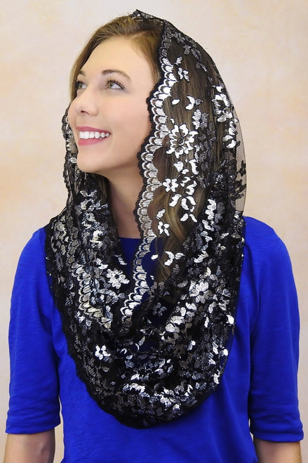 Black and Silver Metallic Chantilly Infinity Veil