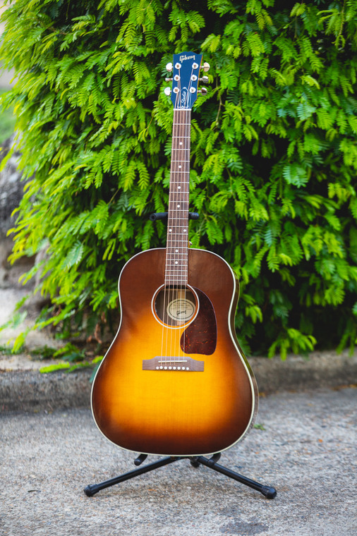 Gibson Acoustic J-45 Studio 2019 - Walnut Burst