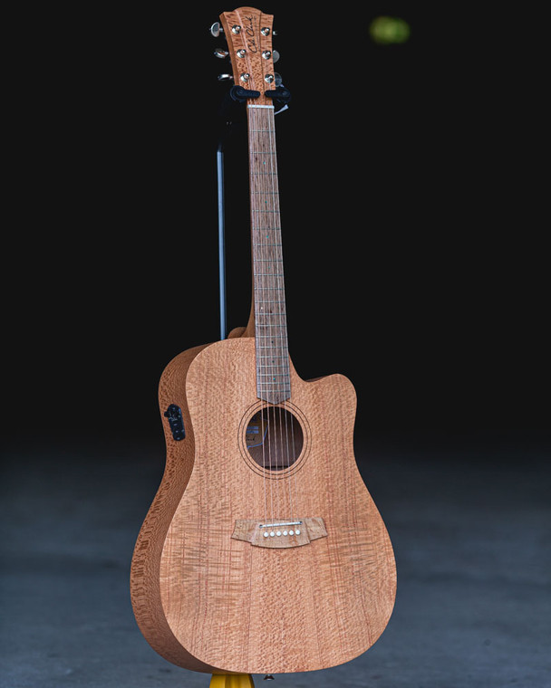 Cole Clark Fat Lady 1 Southern Silky Oak - CCFL1EC-SSO