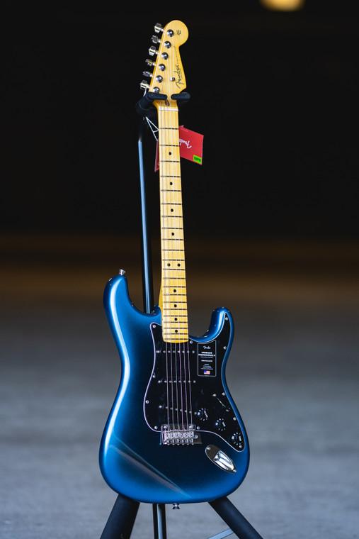 Fender American Professional II Stratocaster, Maple Fingerboard, Dark Night