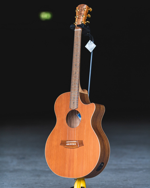 Cole Clark Angel 2 , Redwood Face, Blackwood back and sides, cutaway & pickup