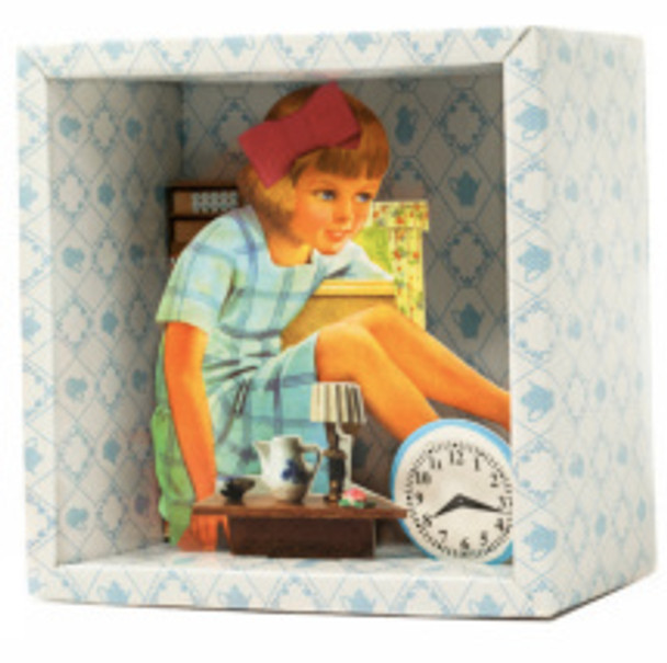 Alice in 3D Story Box by Tiphaine Verdier Mangan