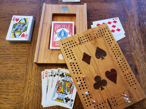 Travel Cribbage Board with Inlaid Suits