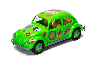 OakridgeStores.com   AIRIFX - QUICKBUILD Flower-Power VW Beetle Green - Plastic Model Car Kit 5055286661396