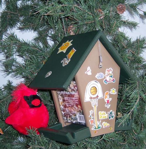 SONGBIRD ESSENTIALS - Bird Feeder Craft Kit (SERUBEKKBF) 601635601909