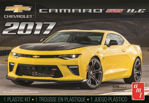 AMT - 1/25 2017 Chevy Camaro SS1LE - Plastic Model Kit (1074M) 849398019993