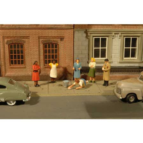 BACHMANN - O Scale Sidewalk People (7) (33167) 022899331676