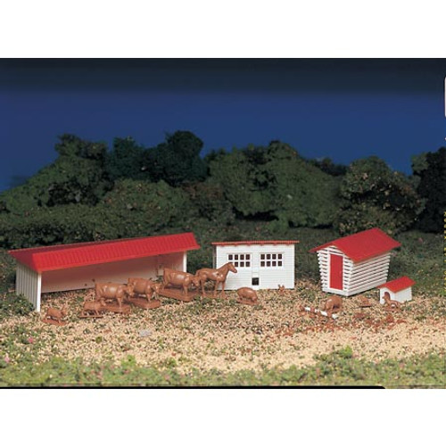BACHMANN - HO Snap KIT Farm Building with Animals Plastic Model Building Kit (45152) 022899451527