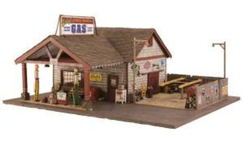 WOODLAND SCENICS - BR5849 O Scale Built-Up Ethyl's Gas & Service Building 724771058496
