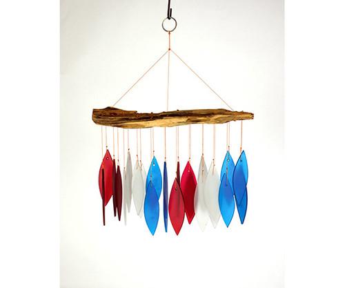 GIFT ESSENTIALS - Red, White, & Blue Driftwood Wind Chime (GEBLUEG566) 804414915666