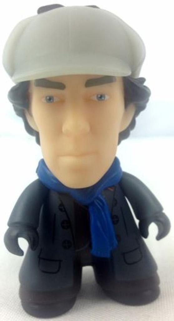 BBC TV Series SHERLOCK: Sherlock Holmes in Deerstalker Titan Vinyl Figure - NYCC 2016 Exclusive