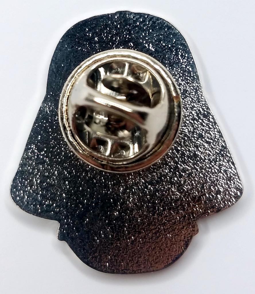 DARTH VADER - Star Wars - Movie - TV & Comic Series - UK Imported Enamel Pin