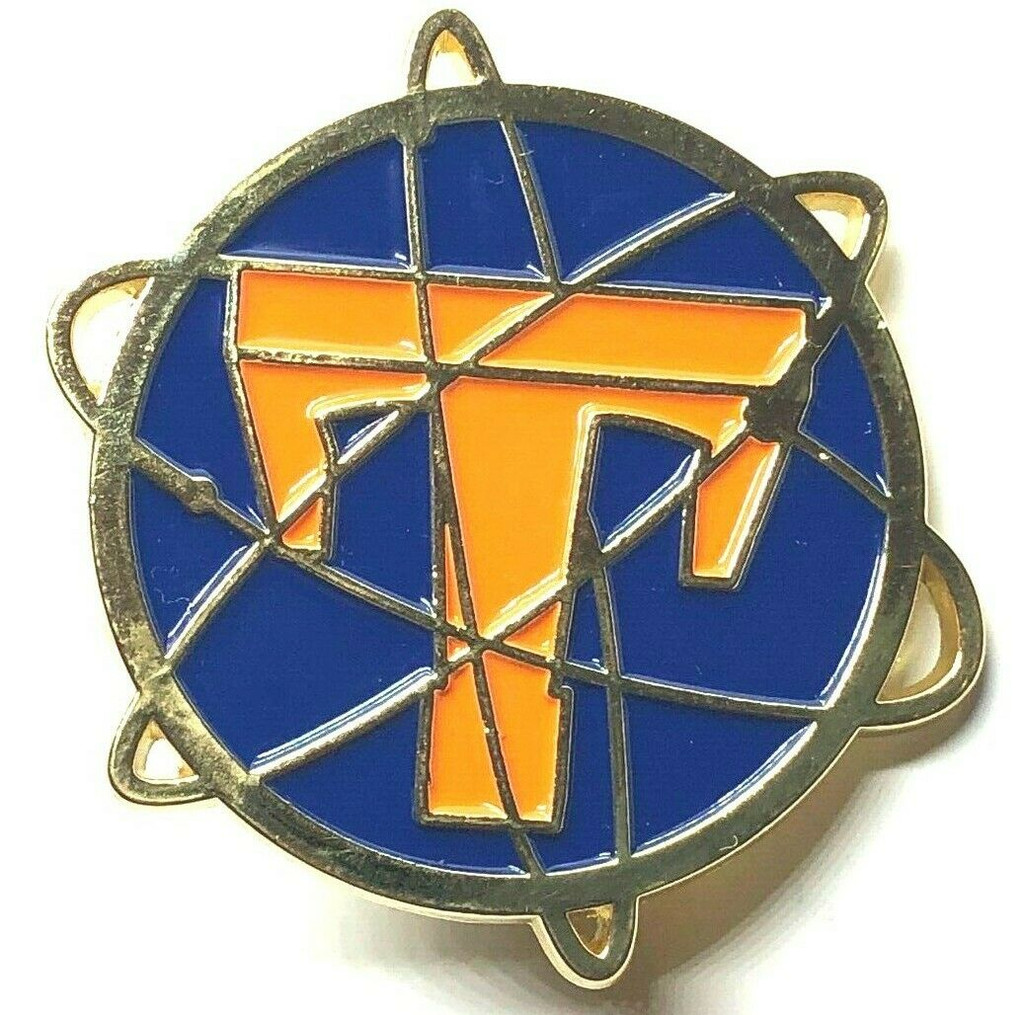 TOMORROWLAND 2015 George Clooney Movie Limited Edition Lapel Pin - NIX Style