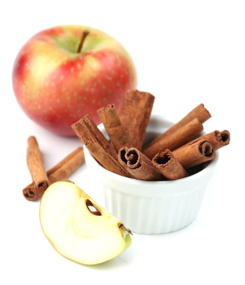 Delicious cinnamon dusted apples available as slices for big beaks and chopped for your little ones.